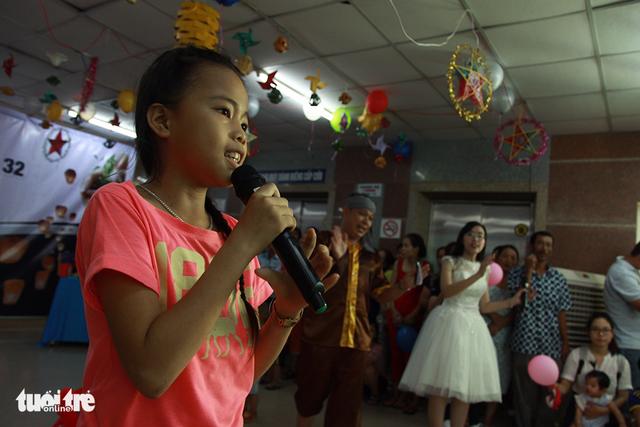 Trung Thu cho trẻ em thiệt thòi ở Hà Nội, Đà Nẵng, TP.HCM - Ảnh 10.
