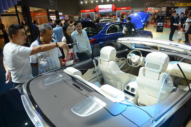 Chính thức giảm thuế nhập khẩu linh kiện ôtô về 0% từ 2018 - Ảnh 1.