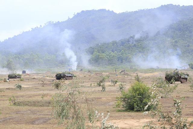 Bộ binh cơ giới Quân đoàn 3 diễn tập bắn đạn thật - Ảnh 5.
