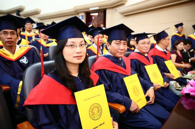 12.000 tỉ đồng nâng cao năng lực giảng viên, lãnh đạo trường ĐH - Ảnh 1.