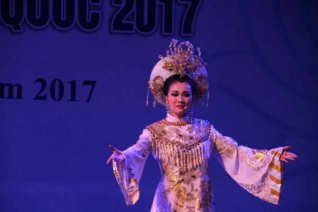 Khai mạc cuộc thi tài năng trẻ cải lương và dân ca kịch toàn quốc - Ảnh 1.