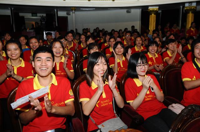Bộ Công thương nhờ Facebook nhận diện hàng Việt - Ảnh 1.