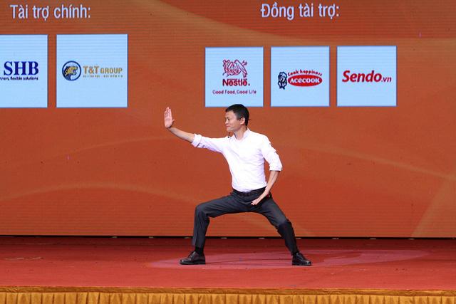 Tỉ phú Jack Ma: Kêu ca sẽ không bao giờ có cơ hội - Ảnh 7.