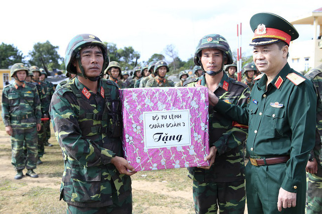 Bộ binh cơ giới Quân đoàn 3 diễn tập bắn đạn thật - Ảnh 7.