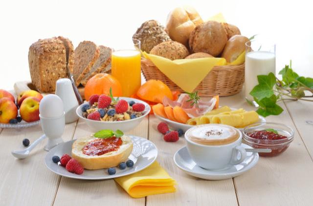 Ăn sáng còn giúp ngừa nguy cơ xơ vữa, tắc nghẽn động mạch - Ảnh 1.