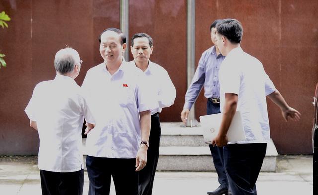 Chủ tịch nước Trần Đại Quang tiếp xúc cử tri TP.HCM - Ảnh 2.