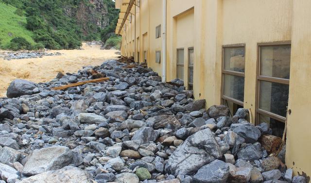 Lũ phá hủy nhà máy thủy điện Suối Sập 2, Sơn La - Ảnh 4.