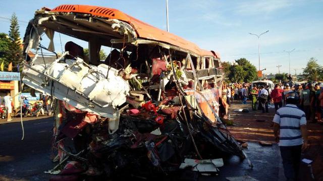Mỗi năm Việt Nam có 15.000 người chết vì tai nạn giao thông - Ảnh 1.