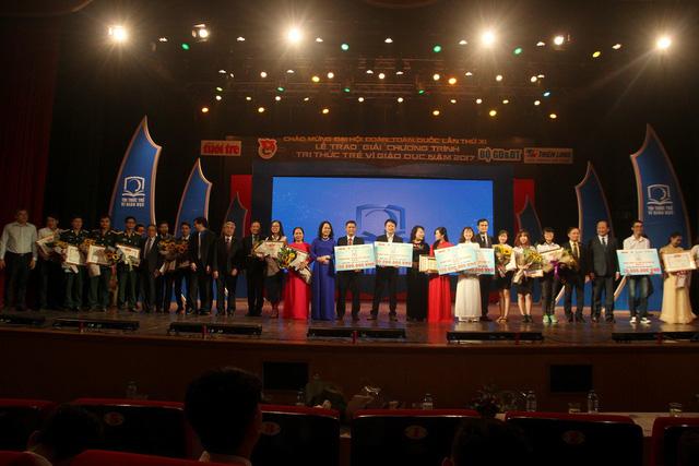Trao thưởng Tri thức trẻ vì giáo dục năm 2017 - Ảnh 8.