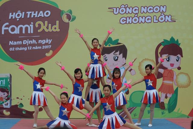Hội thao Fami Kid bùng nổ tại Nam Định - Ảnh 1.