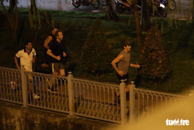 Thủ tướng Canada chạy bộ ở bờ kè kênh Nhiêu Lộc - Thị Nghè - Ảnh 4.