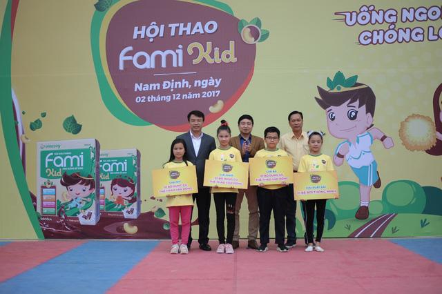 Hội thao Fami Kid bùng nổ tại Nam Định - Ảnh 3.