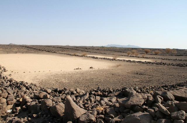 Bí ẩn những cánh cổng ngàn năm giữa sa mạc - Ảnh 5.