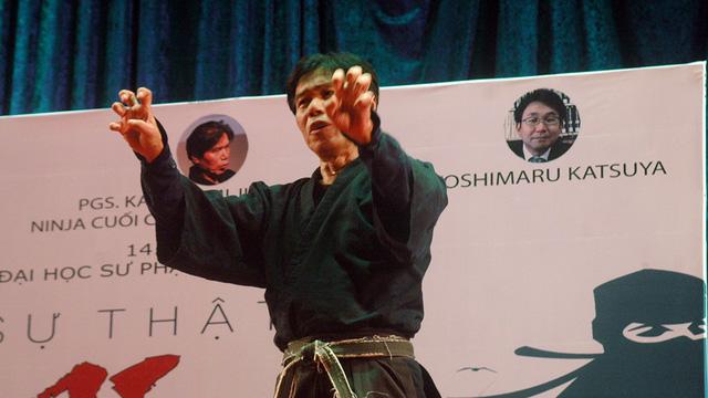 Ninja cuối cùng trên thế giới thi triển công phu ở Sài Gòn - Ảnh 5.