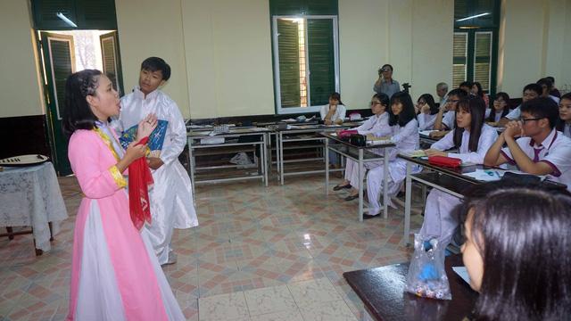 Tăng cường giáo dục đạo lý dân tộc cho học sinh - Ảnh 1.