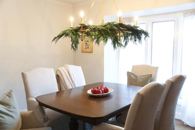 12 mẫu trang hoàng Giáng sinh dễ làm tại nhà - Ảnh 6.