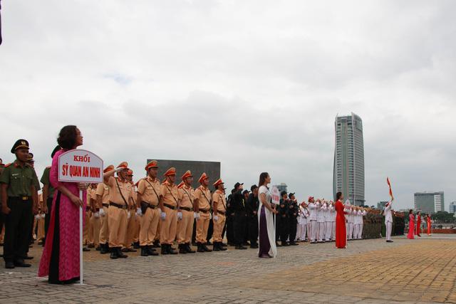 Diễn tập phương án chống khủng bố bảo vệ APEC - Ảnh 2.