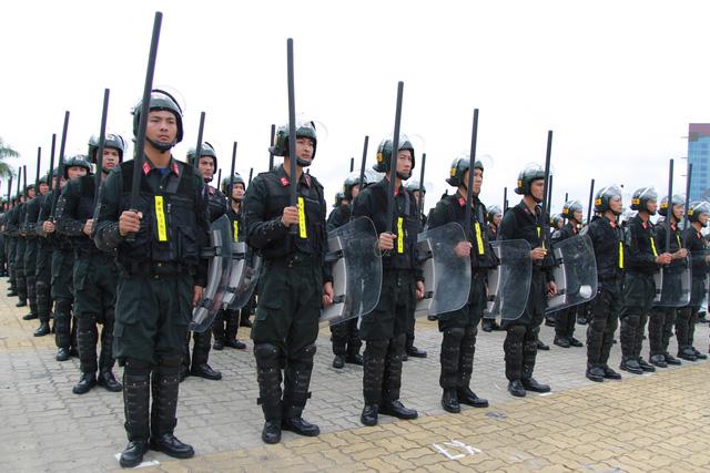 Diễn tập phương án chống khủng bố bảo vệ APEC - Ảnh 3.