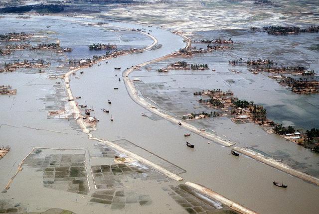 Những trận bão chết chóc nhất châu Á từ thập niên 1970 - Ảnh 4.