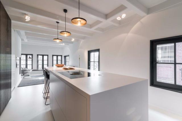 Thiết kế siêu thoáng khiến căn hộ Amsterdam rộng hơn hẳn - Ảnh 12.