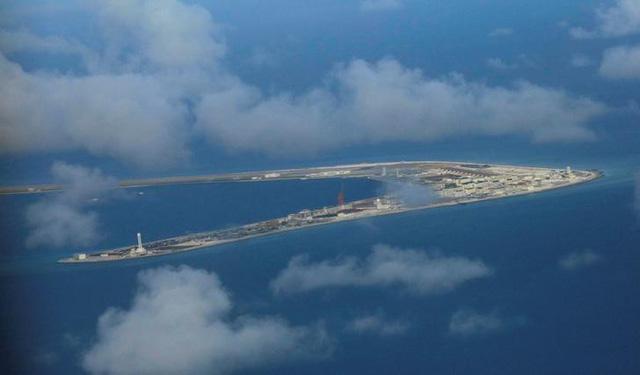 Trung Quốc ngang nhiên thừa nhận cải tạo, xây dựng ở Biển Đông - Ảnh 1.