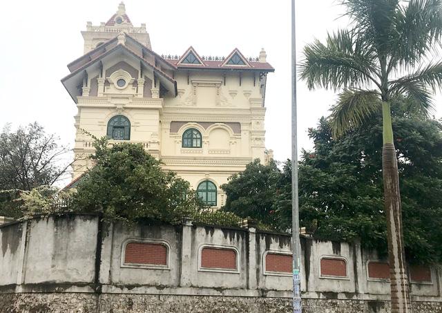 Biệt thự to nhất vùng ở Thái Nguyên sai phép không ai xử lý - Ảnh 1.