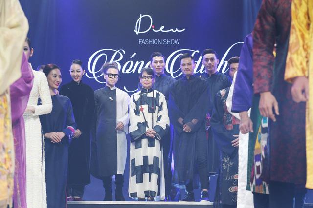 Diệu Fashion show và khi áo dài trên nền nhạc Trịnh - Ảnh 11.
