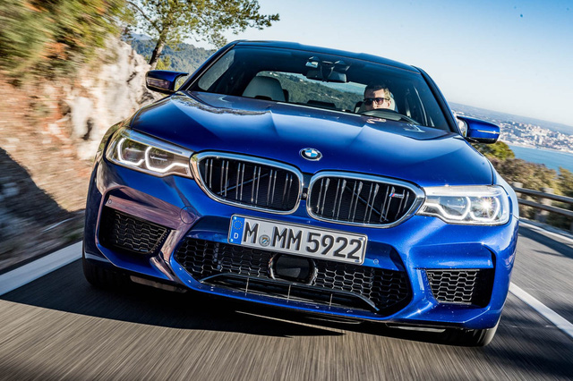 BMW ra mắt M5 2018 giá xuất xưởng khoảng 2,7 tỉ - ảnh 1