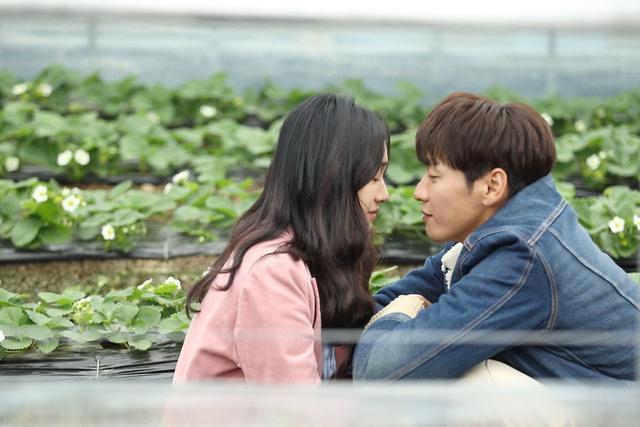 Nữ hoàng nước mắt Soo Ae đối phó Bố dượng tuổi 30 - Ảnh 3.