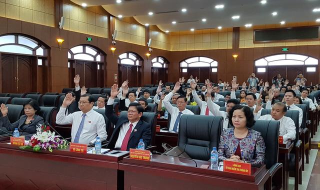 Bãi nhiệm chức chủ tịch HĐND Đà Nẵng của ông Nguyễn Xuân Anh - Ảnh 2.