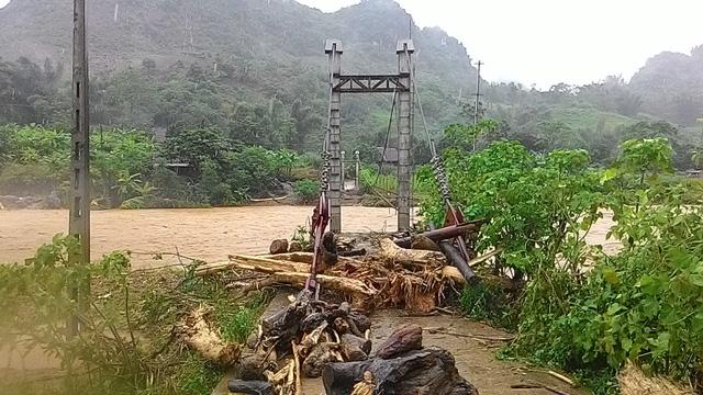 Sơn La: Lũ vẫn chia cắt, cô lập huyện Phù Yên - Ảnh 3.
