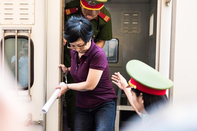 Vụ lừa đảo của bà Châu Thị Thu Nga: Chỉ 130/700 bị hại có mặt - Ảnh 2.
