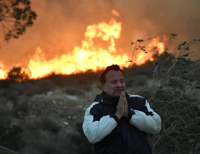 Những hình ảnh kinh hoàng ở biển lửa California - Ảnh 11.