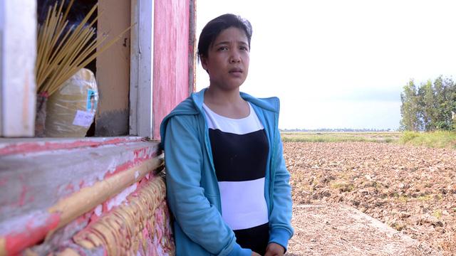 Người mẹ Khmer nghèo đi tìm công lý cho con - Ảnh 1.