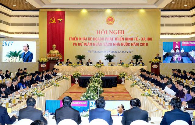 Tổng bí thư, Chủ tịch nước lần đầu dự họp trực tuyến của Chính phủ - Ảnh 2.