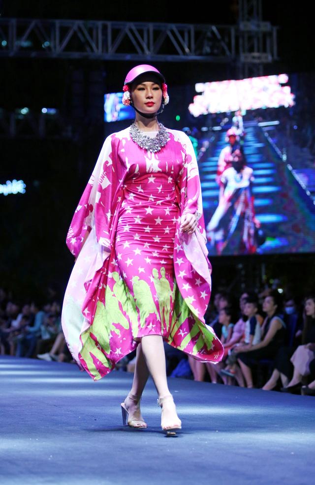 Bản đồ Sài Gòn lên bộ sưu tập thời trang của Dạ Thảo - Ảnh 5.