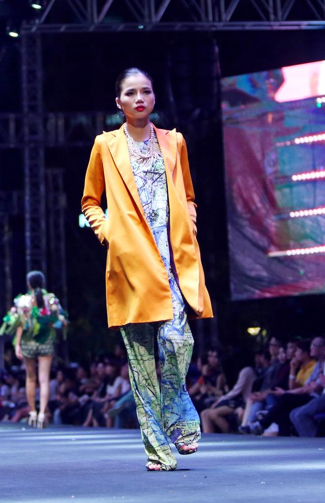 Bản đồ Sài Gòn lên bộ sưu tập thời trang của Dạ Thảo - Ảnh 7.