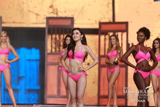 Hoa hậu Peru đoạt vương miện Hoa hậu Hoà bình thế giới 2017 - Ảnh 14.