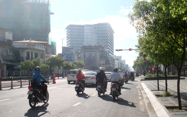 Người Sài Gòn sau đêm mưa lớn - Ảnh 3.