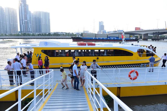 Cuối tháng 11-2017, có tàu buýt đường sông Sài Gòn - Thủ Đức - Ảnh 7.