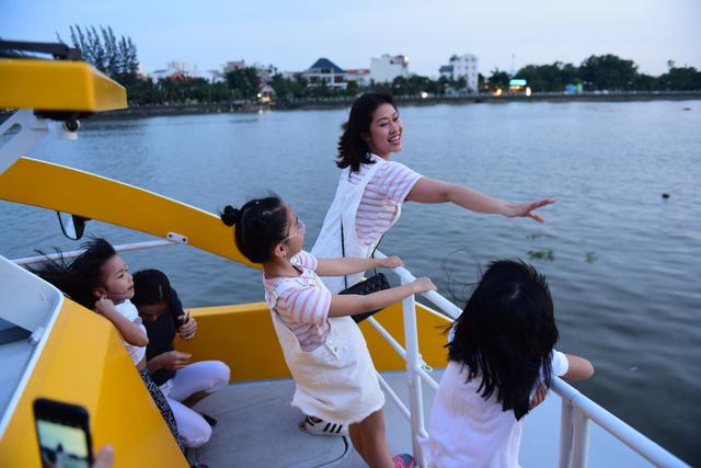 Cuối tháng 11-2017, có tàu buýt đường sông Sài Gòn - Thủ Đức - Ảnh 8.