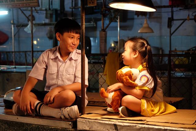 Trương Thanh Long tái ngộ Huy Khánh trong Ở đây có nắng - Ảnh 4.