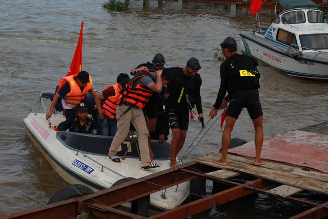 Diễn tập chống khủng bố trên sông Hàn - Ảnh 5.
