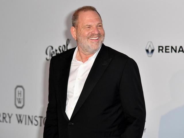 Harvey Weinstein sẽ bị thu hồi Bắc Đẩu bội tinh - Ảnh 1.
