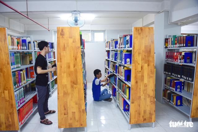 Thư viện có ipad, ghế massage... dành cho sinh viên - Ảnh 7.