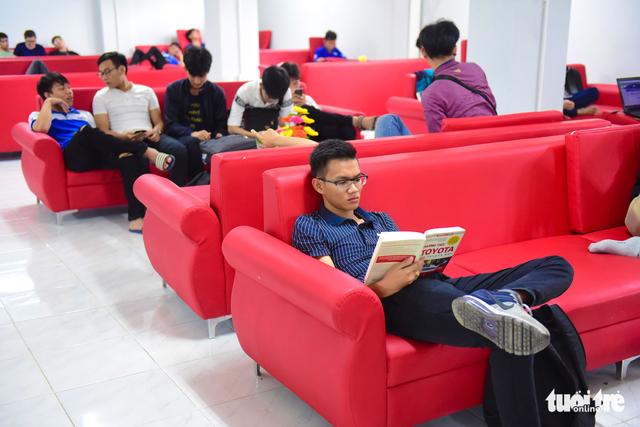 Thư viện có ipad, ghế massage... dành cho sinh viên - Ảnh 12.