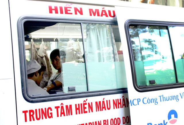1.200 đơn vị máu từ tấm lòng sinh viên ĐH Tôn Đức Thắng - Ảnh 3.
