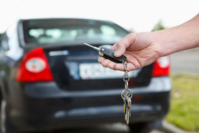 Những sai lầm phổ biến khi mua chiếc ôtô đầu tiên cho gia đình - Ảnh 1.