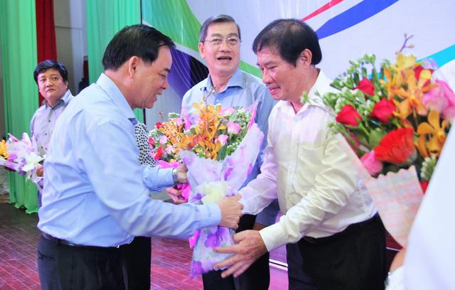 Tiếp sức tân sinh viên Bến Tre, Tiền Giang đến trường - Ảnh 6.