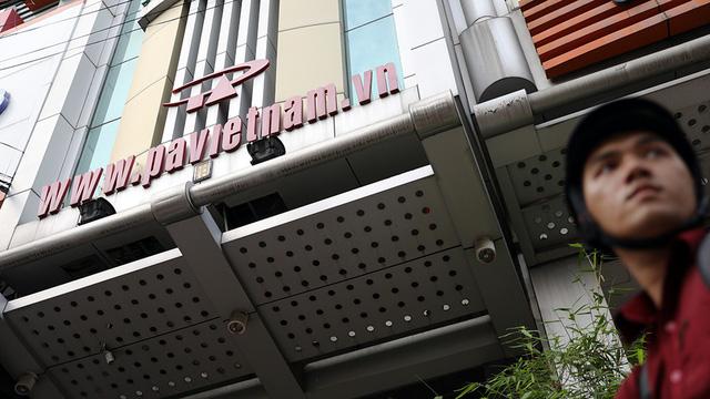 Facebook, Google có bỏ Việt Nam vì quy định đặt máy chủ? - Ảnh 4.